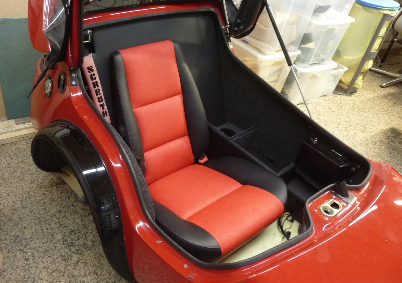 MSC-Com4-M-Sitz im EML GT2001_(1)