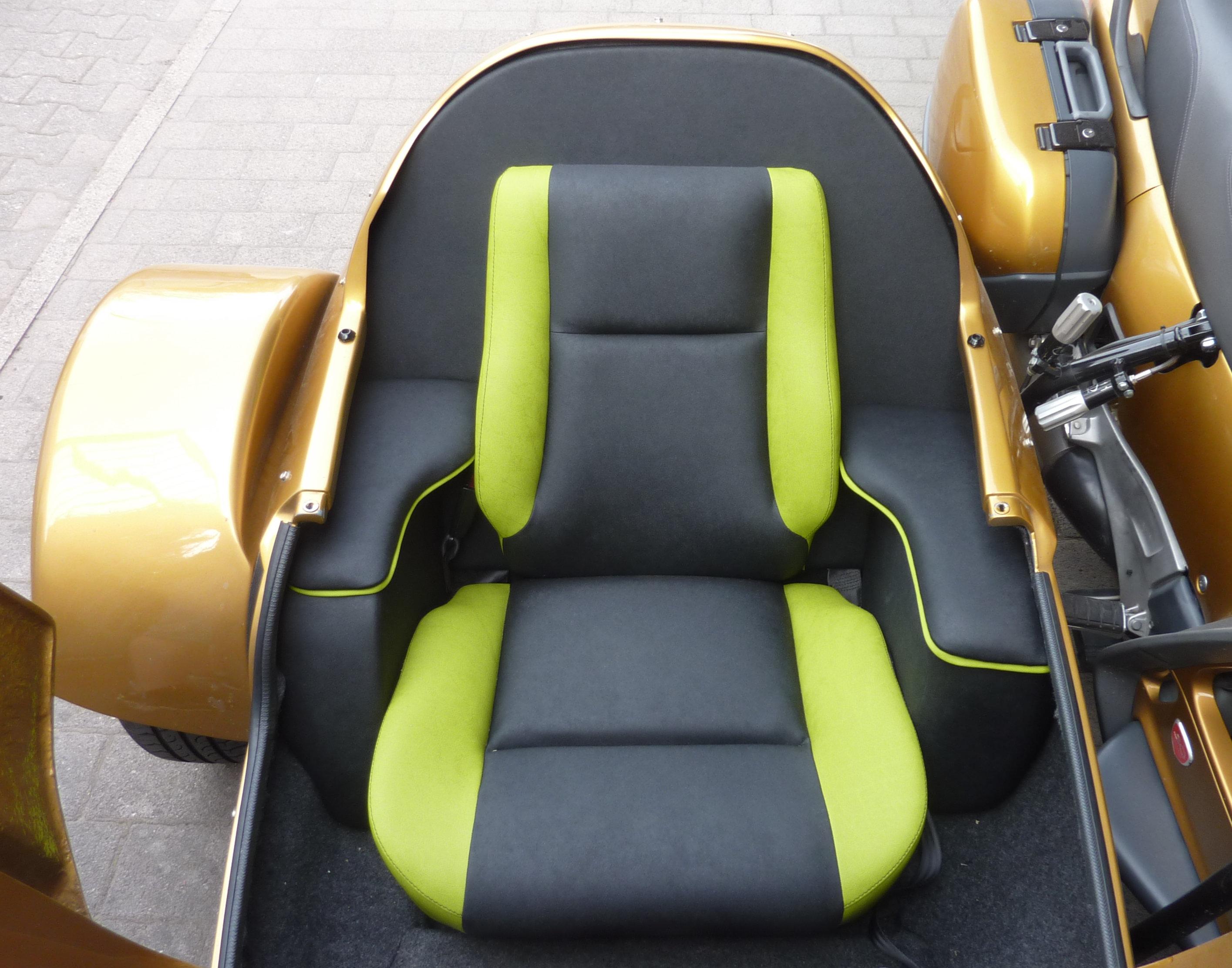 MSC-Com4-M-Sitz im Stern-Rox-Boot_6